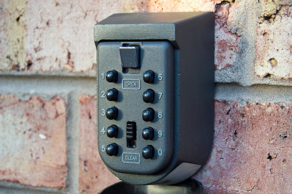 outdoor key safe